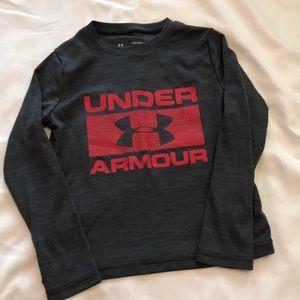 Under Armour boys size xs long sleeve